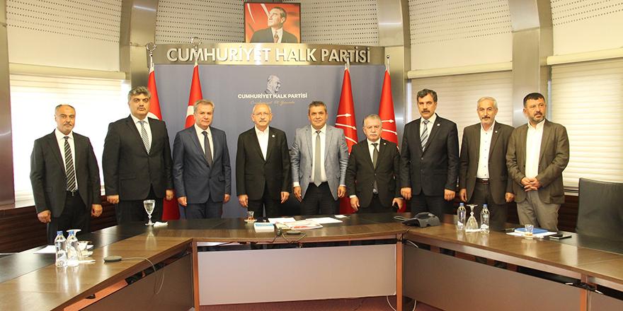Kamu Konfederasyonları Platformu'ndan Kılıçdaroğlu'na ziyaret