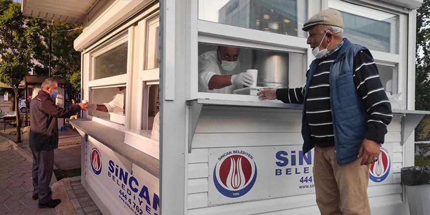 Sincan Belediyesinden vatandaşa sıcak çorba ikramı