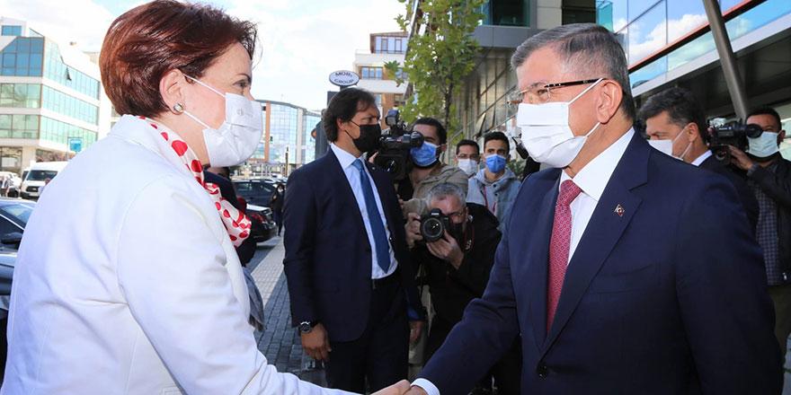 Akşener'den Ahmet Davutoğlu'na ziyaret
