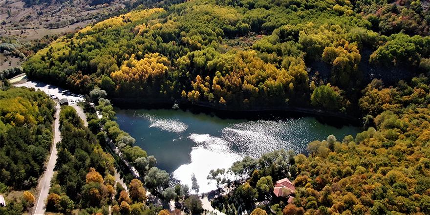 Başkent'tin Karagöl'ünde renk cümbüşü