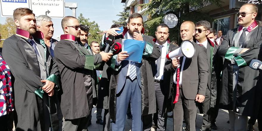 Avukatlar Yunanistan'ın Batı Trakya'daki hak ihlallerini protesto etti