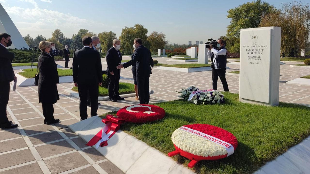 6'ncı Cumhurbaşkanı Fahri Korutürk'ün vefatının 34. yıl dönümü