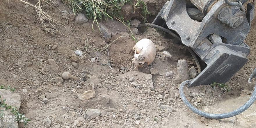 Yol çalışması esnasında insan iskeleti bulundu
