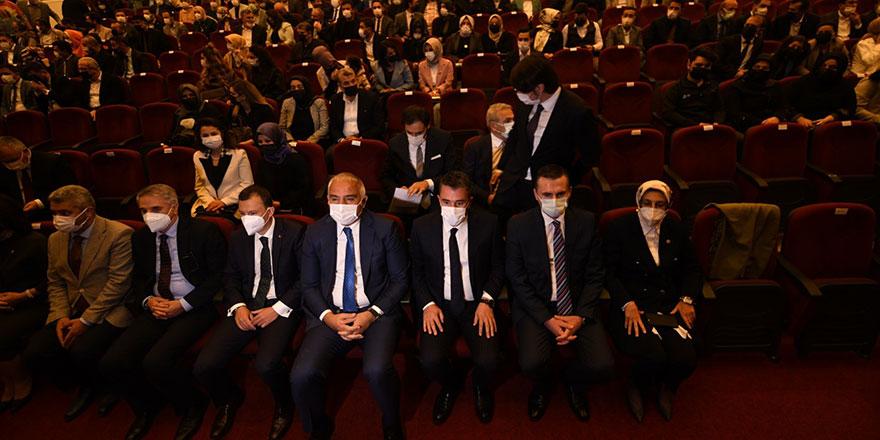 Devlet Tiyatroları Pursaklar Sahnesi açıldı