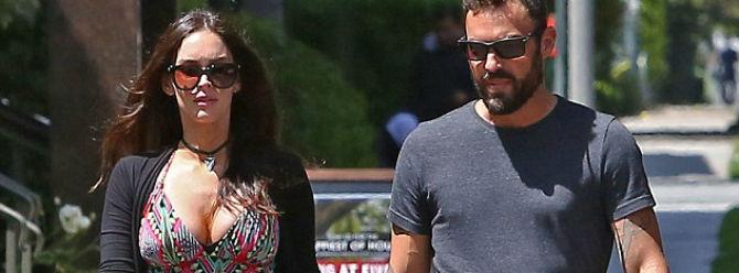 Megan Fox hamile kalınca boşanmayı erteledi