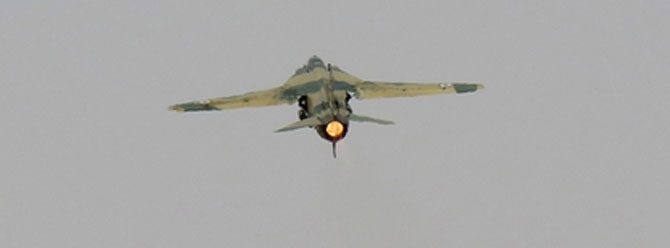 IŞİD militanları Suriye jetini düşürdü