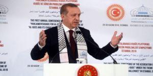 """Erdoğan: """"Ne hocası, bu bir şarlatan"""""""