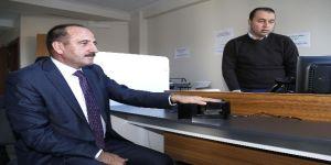 Başkan Duruay yeni kimlik kartı için başvuru yaptı