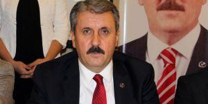 BBP Genel Başkanı Destici, İHA mikrofonunu kürsüden indirdi