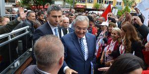 CHP'li Baykal ve DP'li Uysal'dan Aydın'da ortak miting