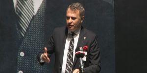 Beşiktaş'ın Divan Kurulu Başkanlık seçimi gergin başladı