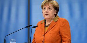 Merkel'den diyalog çağrısı