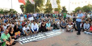 Şarkılı türkülü eylemler yasaklandı