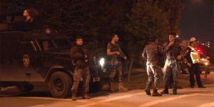 Başkent'te şüpheli araçtan ateş açan şahıslar, polisi alarma geçirdi