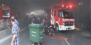 İstanbul Fatih'te korkutan yangın! Yol trafiğe kapatıldı