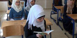 Kilis'te Suriyeli 16 bin öğrenci karne aldı