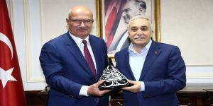 ATO yönetimi Gıda, Tarım ve Hayvancılık Bakanı Fakıbaba'yı ziyaret etti