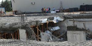 Başkent'te inşaat kirişleri çöktü: 2 işçi yaralı