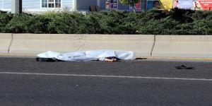 Evine et götürürken otomobil çarptı, öldü