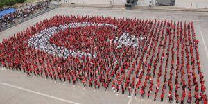 İskenderun'da bin 923 yürek tek bayrak oldu