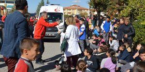 Kırıkkale'de 60 öğrenci hastanelik oldu