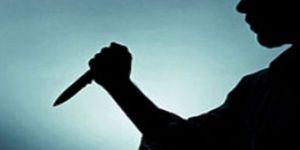 Psikolojik sorunları olan doktor babasını bıçakladı