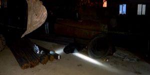 Pendik'te inşaat demirlerinin altında kalan çocuk hayatını kaybetti