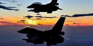 ABD'de iki savaş uçağı çarpıştı