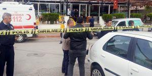 Garson dehşet saçtı: 4 ölü