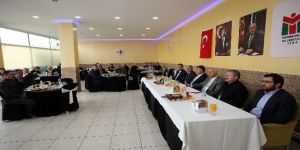 Fethi Yaşar bürokratları ile ilçeyi değerlendirdi