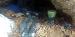 Tunceli'de 3 sığınak imha edildi