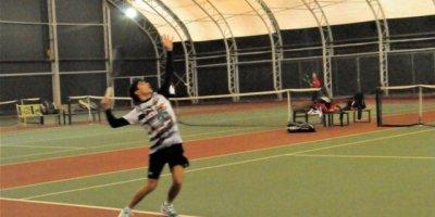 Okul Sporları Tenis Müsabakaları başladı