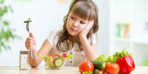 Çocuklara sebze ve meyveyi nasıl sevdirebiliriz