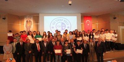ASO Teknik Koleji'nin şampiyonlar ödüllerini aldı