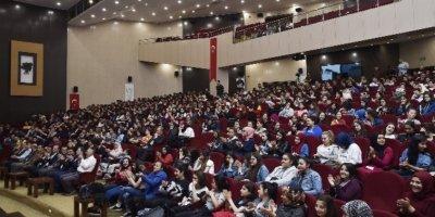 Ankara'da üniversite sınavı öncesi seminer verildi