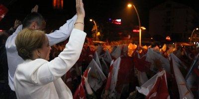 AK Parti Bolu Milletvekili Arzu Aydın Bolulu ilk kadın vekil oldu