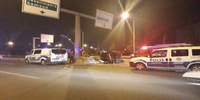Ankara'da otomobilde sıkışan sürücü hayatını kaybetti