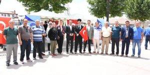 KYK gençleri 15 Temmuz kahramanlarını unutmadı