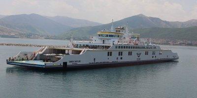 Türkiye'nin en büyük ikinci feribotunun test sürüşüne başlandı