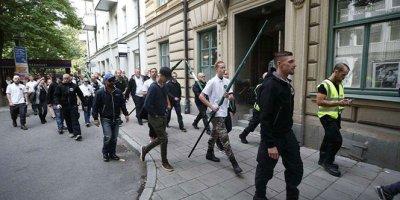 4 ayrı protesto gösteri şehri birbirine kattı