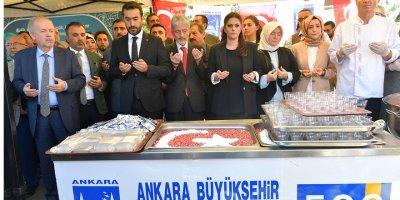 Başkan Tuna'dan aşure ikramı