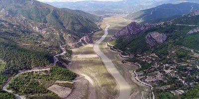 Altınkaya Barajı`nda kuraklık korkusu