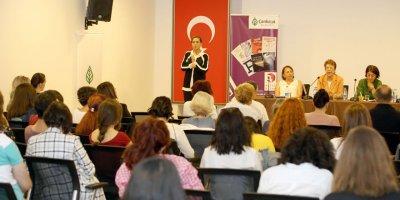 Kadın yazarlar haftası başladı