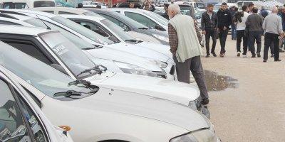 Yüksek faiz ikinci el otomobil piyasasını vurdu