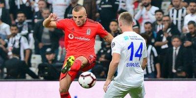 Beşiktaş, Çaykurspor'u farklı yendi