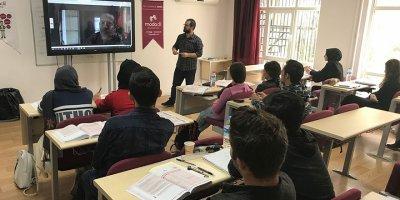 Suat Gürcan: Artık İngilizceyi hem anlayacağız hem de konuşacağız