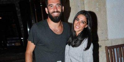 Arda Turan ve eşi nispet yaptı