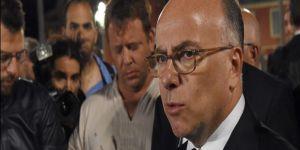Fransa İçişleri Bakanı Cazeneuve: Savaştayız