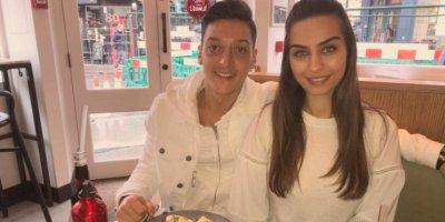 Mesut Özil 70 kadınla partide eğlendi