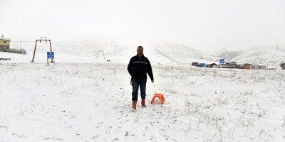 Elmadağ Kayak Merkezi kar yağışını bekliyor